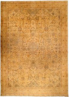 A Persian Tabriz rug BB4227