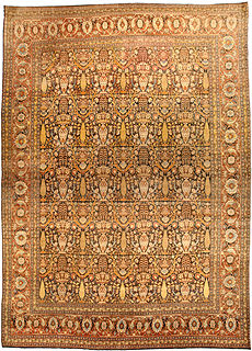 An antique Persian Tabriz rug BB4515