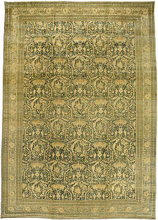A Persian Tabriz rug BB3418