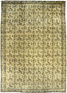 A Persian Kirman carpet BB2684