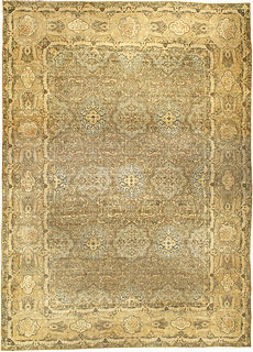 A Persian Kirman carpet BB4258