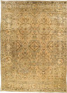 A Persian Tabriz rug BB2659