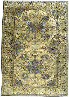 A Persian Tabriz rug BB3370