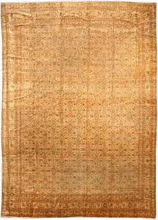A Persian Tabriz rug BB3939