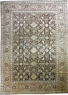 A Persian Tabriz rug BB2610