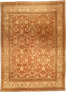 An antique Persian Tabriz rug BB4516