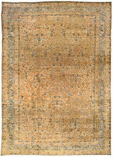 A Persian Kirman rug BB2574