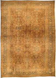 A Persian Tabriz rug BB3296