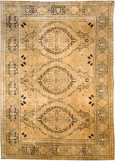 A Persian Kirman carpet BB3609