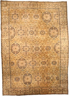 A Persian Kirman carpet BB0940