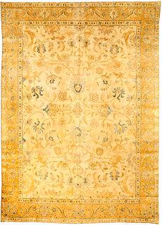 A Persian Tabriz rug BB2116