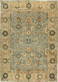 A Persian Tabriz rug BB3335