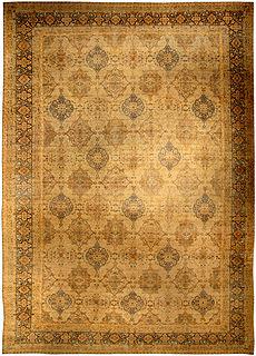 A Persian Tabriz carpet BB4129