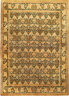 A William Morris style carpet BB0234
