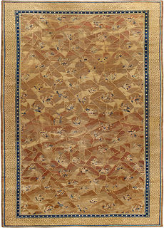 A Chinese Deco Rug BB4325