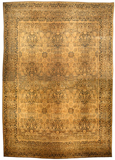An antique Persian Kirman rug BB4474