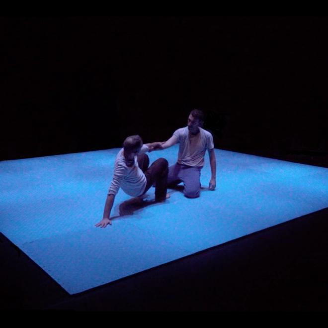 """Aimar, bailarín, ha estudiado el impacto del sida en la danza: """"Tocarnos sigue siendo un acto radical y necesario"""""""