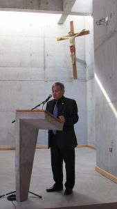 Decano de Facultad de Ciencias PUCV expone discurso de apertura XX JNEM