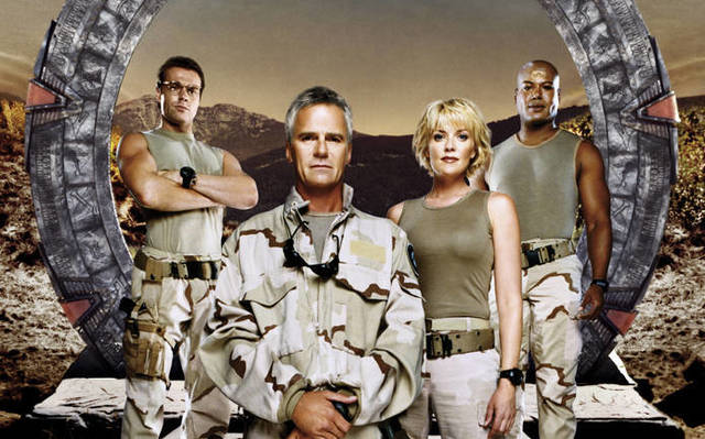 Cast of Stargate -Richard Dean Anderson, Amanda Tapping, Christopher Judge, Michael Shanks