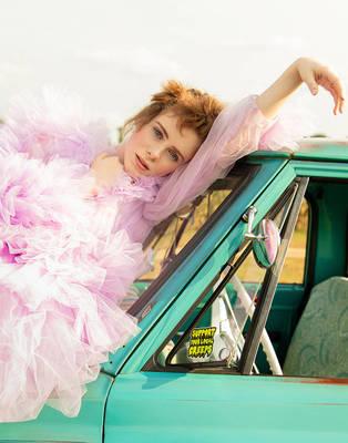 Sophia Lillis - L'Officiel Fashion Book Australia