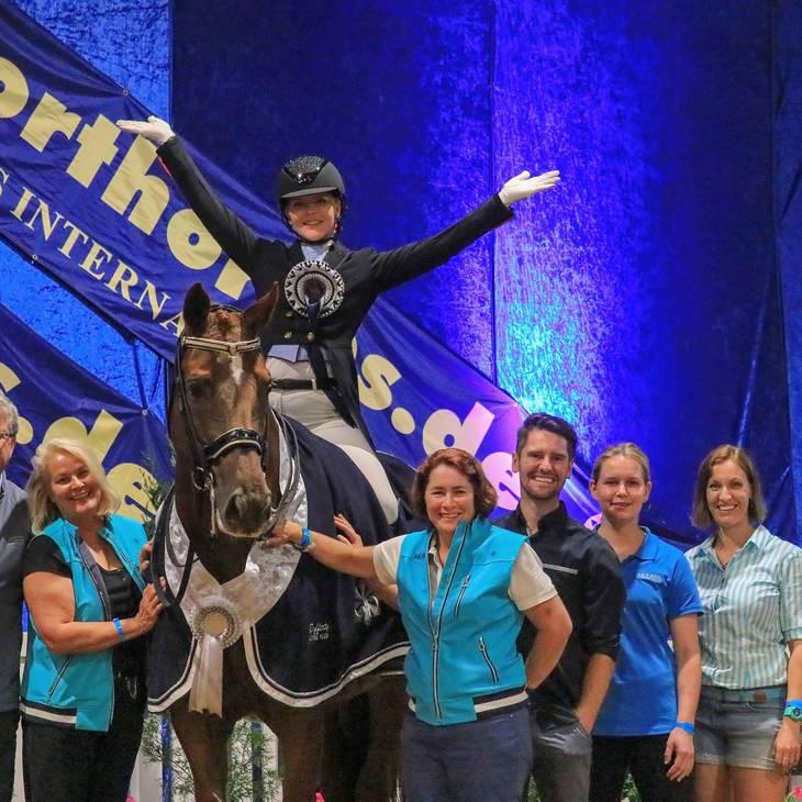 KATHARINE FARRELL & LUXOR 118 with Team Performance