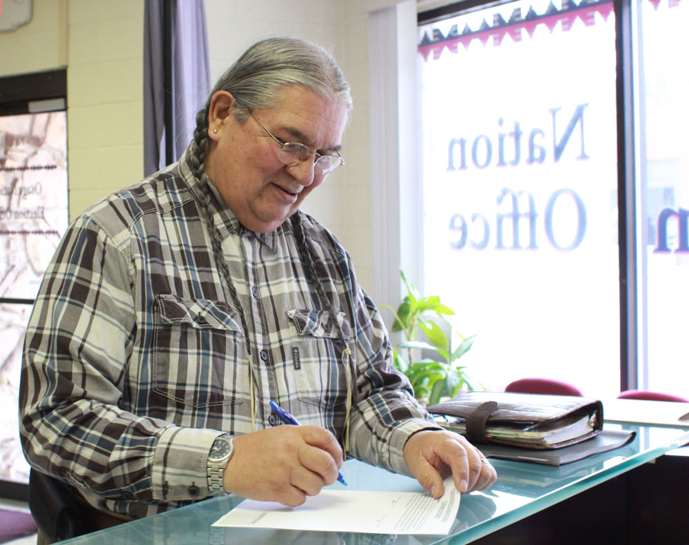 Incumbent Archie Mason is sixth tribal member to file candidacy