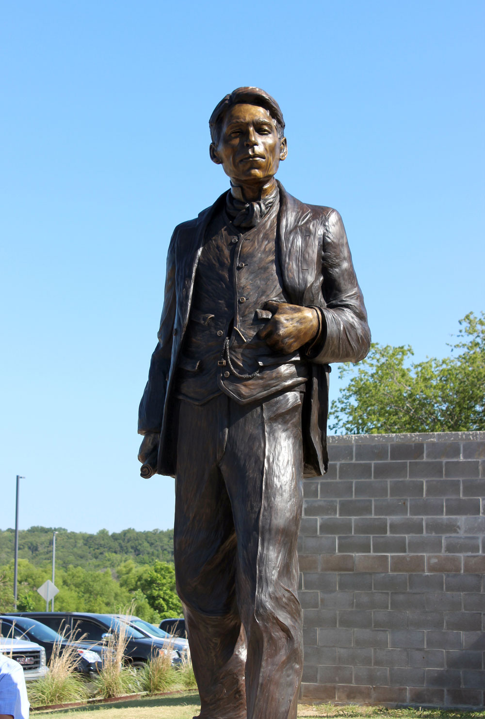 Nine-foot statue of Chief James Bigheart unveiled June 22