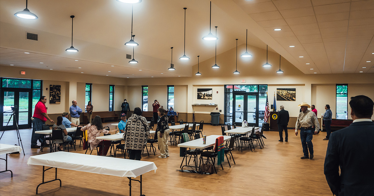 Grayhorse community and ON officials celebrate new community building