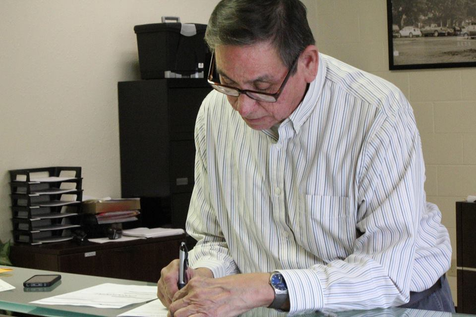 Incumbent John Maker is third tribal member to file candidacy