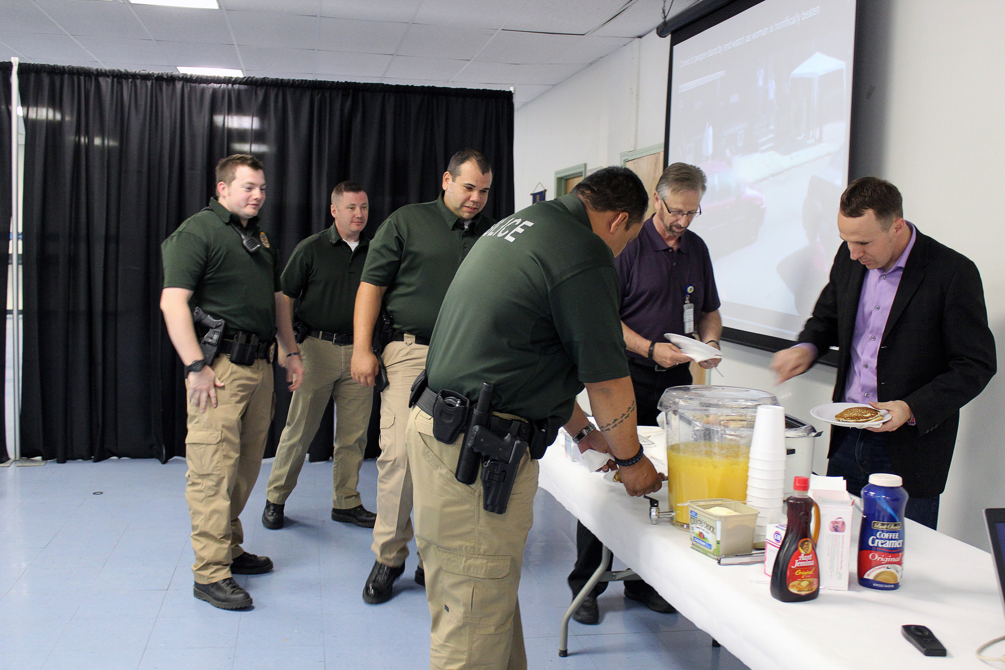 ON Counseling Center hosts men's breakfast to raise domestic violence awareness