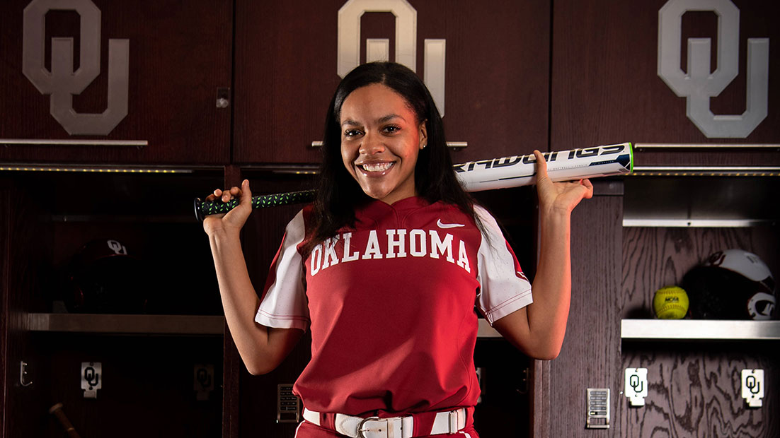 Riley Boone signs with OU Softball for 2019-2020 season