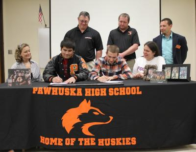 Two Huskies to play football at Haskell Indian Nations University