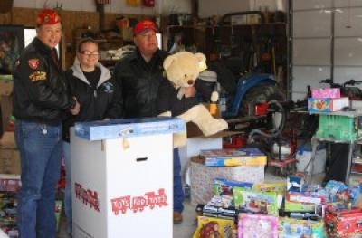 "Marines donate ""Toys for Tots"" to Osage County families in need"