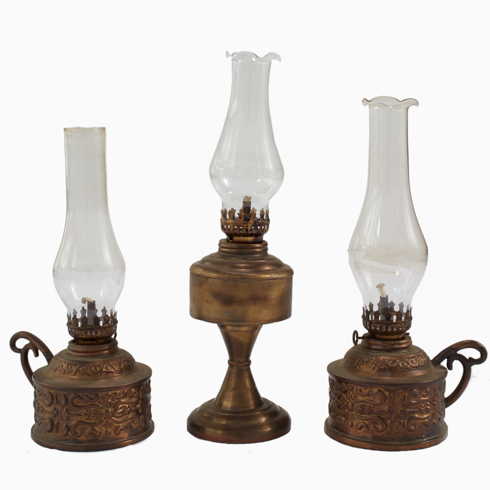 vintage brass oil lamp shop. Black Bedroom Furniture Sets. Home Design Ideas