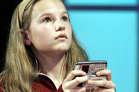 texting-teen