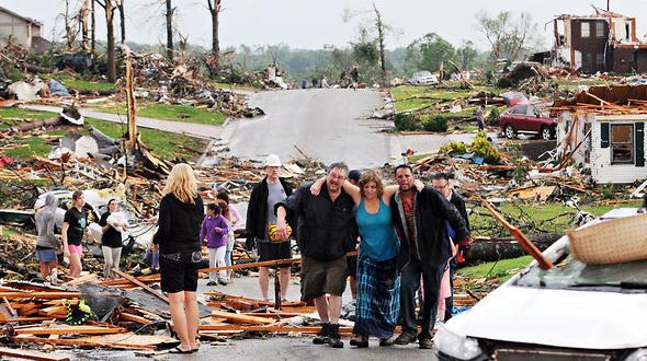 Joplin-Mo-Tornado-c