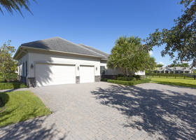 15661 Imperial Point Lane, Wellington, FL 33414