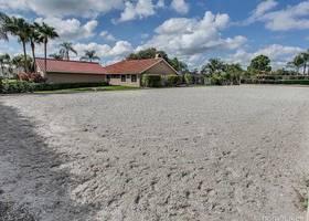 14322 Draft Horse Lane