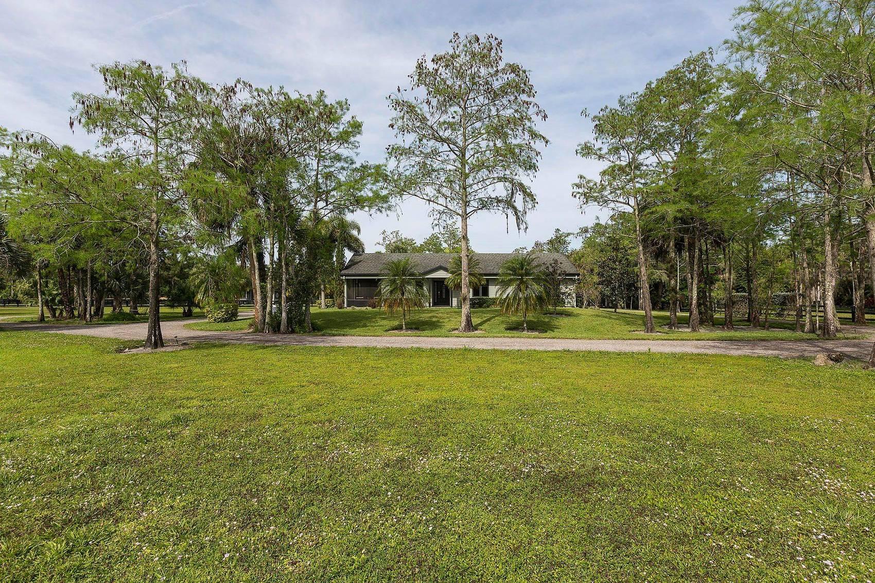 2741 Buck Ridge Trail, Loxahatchee, FL 33470