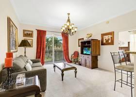 11710 Saint Andrews Place, 304 Wellington, FL 33414