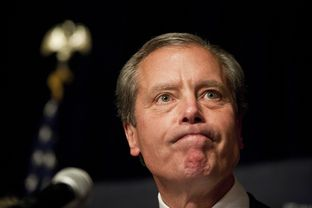 Lt. Gov. David Dewhurst on July 31, 2012, in Houston addressing the crowd at a watch party following the announcement that he lost the U.S. Senate runoff to Ted Cruz.