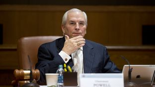 Chairman Gene Powell gavels in the meeting April 10, 2013 where the UT Board of Regents voted to turn over records to lawmakers regarding the Law School Foundation.