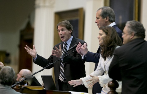 Sen. Robert Duncan, R-Lubbock, l, and Lt. Gov. David Dewhurst appeal for order as the Senate chamber erupted into chaos just before midnight June 25, 2013.