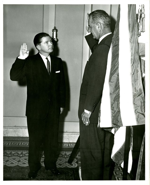 In June 1961, Tower was sworn in to the U.S. Senate by Vice President Lyndon B. Johnson, who held the same Senate seat in the previous year.