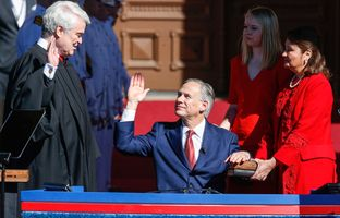 Texas Supreme Court Chief Justice Nathan Hecht swears in Greg Abbott as the 48th governor of Texas.