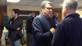 Gov. Perry in Lancaster, NH