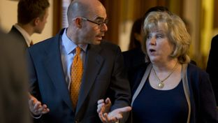 State Rep. Dennis Bonnen, R-Angleton, escorts Senate Finance Chair Jane Nelson, R-Flower Mound through the House Chamber on May 25, 2015.
