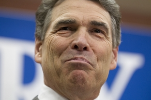 Rick Perry announces from Charleston, S.C. that he's suspending his presidential campaign and returning to Texas on January 19, 2012.