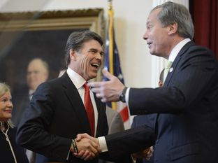 Gov. Rick Perry, left, and Lt. Gov. David Dewhurst at Perry's State of the State address on Jan. 29, 2013.