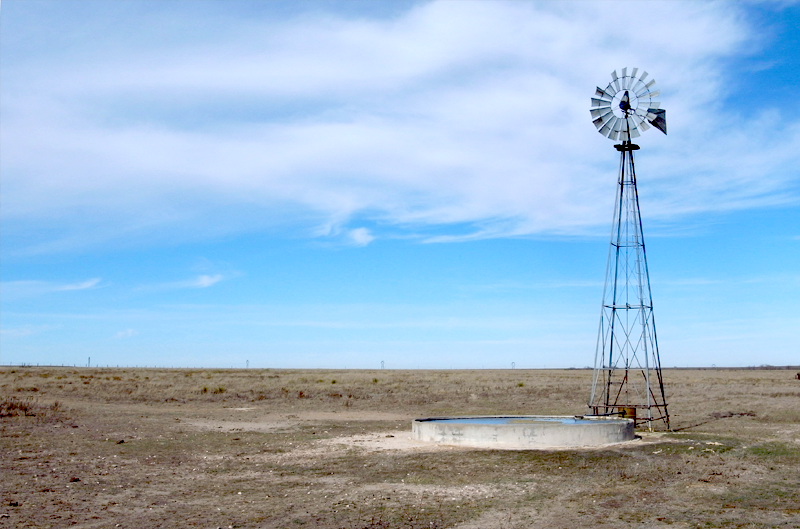 [Image: Buffalo_Lake_Texas_Windmill_2009_800_jpg...0_q100.jpg]